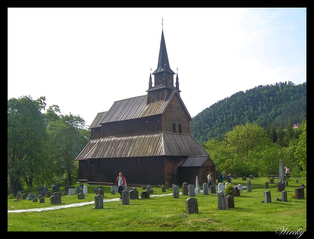 Ruta viaje fiordos noruegos - Iglesia de madera de Kaupanger