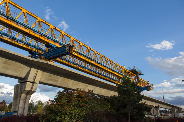 S 200th Link Construction: Gantry