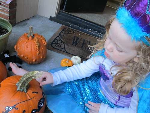decoratingpumpkins