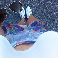outfit featurng birds on a wire fashion shorts and boohoo white sandals
