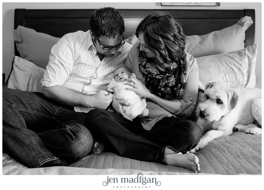 kinsley-newborn-38-bw