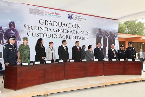 Ceremonia de graduación de custodios.