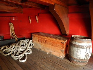 """Amsterdam"" の画像. wood amsterdam construction support marine box barrel exhibit rope replica tallship clipper scheepsvaartmuseum"