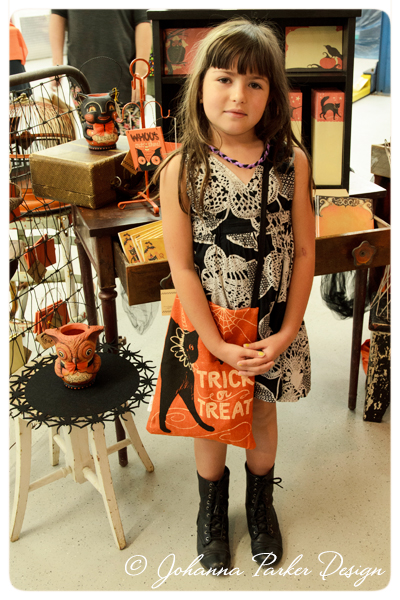 Trick-or-Treat-Girl