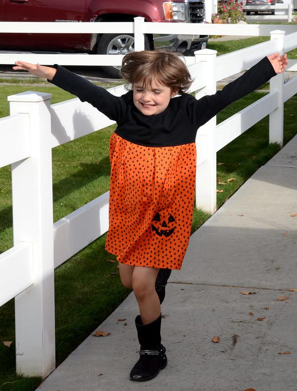 2014-10-18-KidsHlloweenDressShirt-92-1