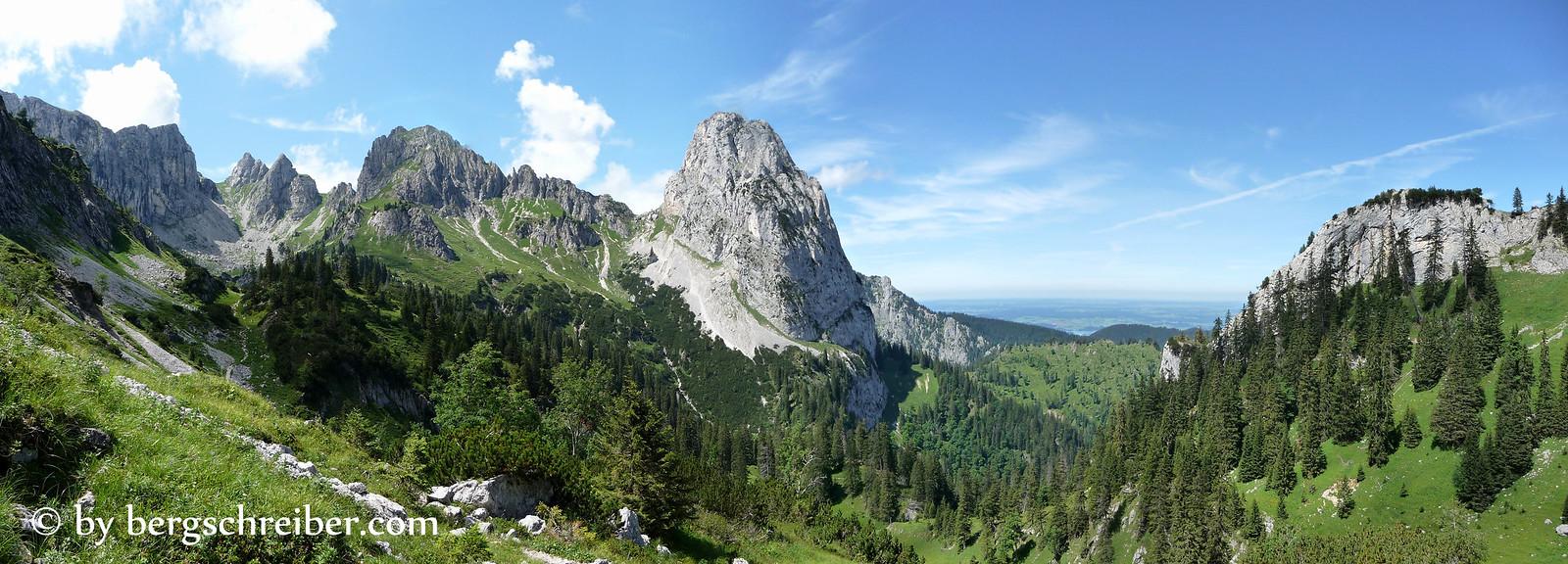 Panorama des Geiselsteins, das Matterhorn der Ammergauer Alpen