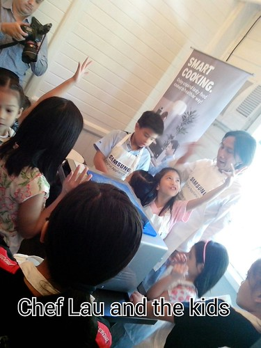 Chef Lau and the Kids during Samsung DA cooking demo