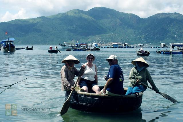 nha-trang-bamboo-basket-boat