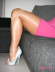R0013141 - Innocent legs