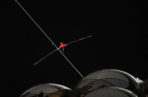 Nick wallenda-chicago-first-walk 110714