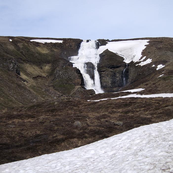 Iceland cascata
