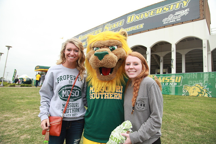 Roary with students