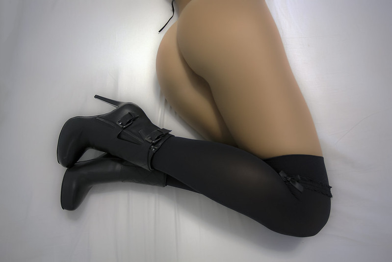 Lets play... erotica...