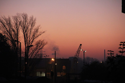railroad sky building colors sunrise canon dawn shed poland polska rail railway depot wrocław pkp lowersilesia dolnośląskie dolnyśląsk wrocławgłówny locomotiveshops canoneos550d canonefs18135mmf3556is