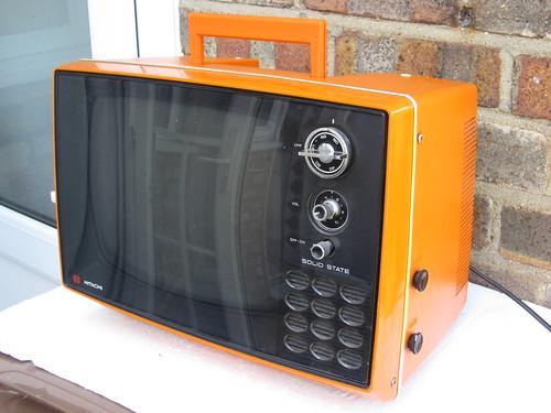Vintage 1970's Bright Orange Hitachi Solid State TV Mid Century Modern £3 Car Boot Sale Find