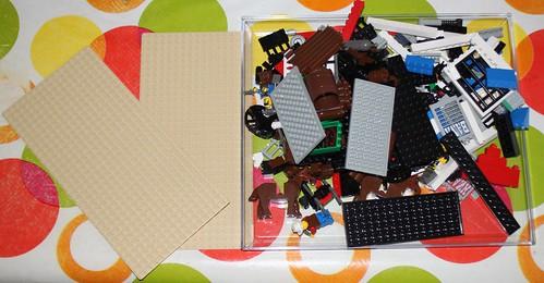 6765_Lego_Western_Main_Street_02