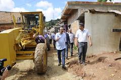 Prefeito realiza vistorias em obras reiniciadas na região do Barreiro