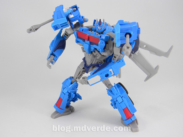 Transformers Ultra Magnus Voyager - Transformers Prime Beast Hunters - modo robot