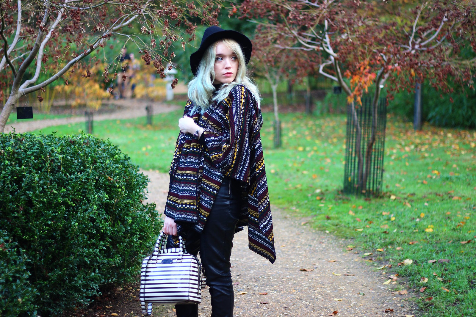 4britfash, fashion_blogger_style, blanket_coat, aztec_print, topshop, kate_spade, britfash