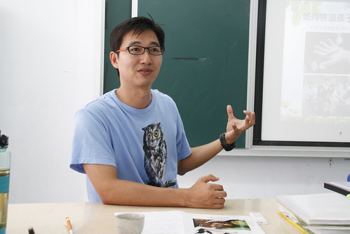 湯奇霖老師。