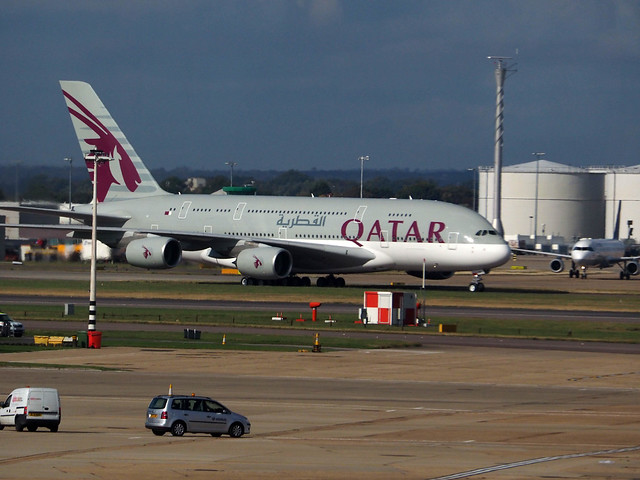 Qatar airways first a380 has commenced services to for Interieur qatar airways