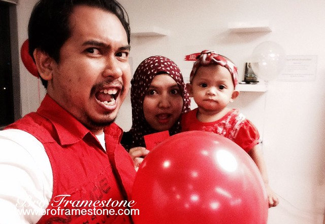 Bertema Merah bersama Redmummy Blogilvy
