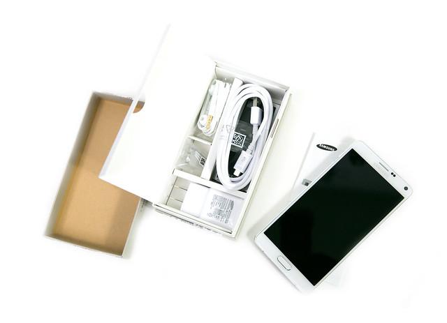 大螢幕機皇 Samsung GALAXY Note 4 開箱 & 必買的五個理由 @3C 達人廖阿輝
