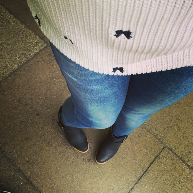#todayimwearing new favourite @marksandspencer jumper & first outing of boots this season.