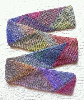 """Multidirectional Diagonal Scarf"""