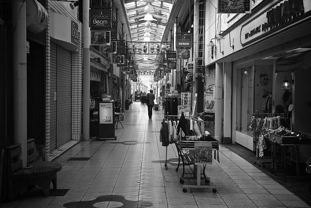Shopping Arcade, Canon EOS KISS X7, Tamron AF 17-50mm f/2.8 Di-II LD Aspherical