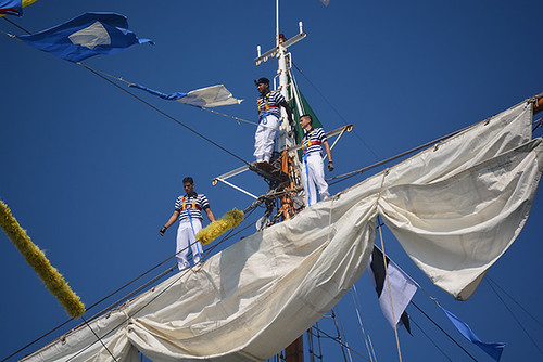 top of the main mast
