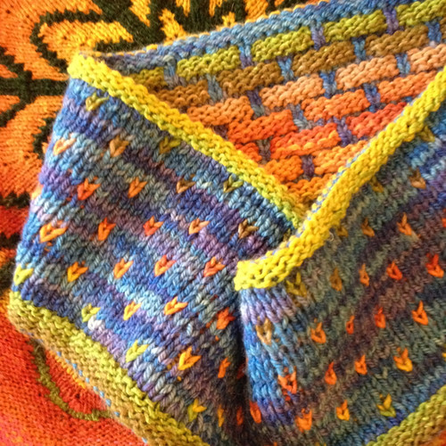 Canada Lucy Neatly double knitting 3