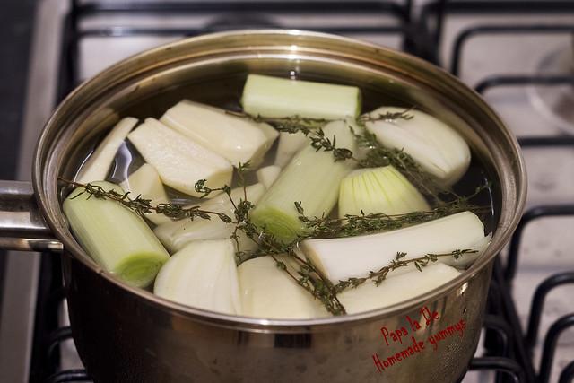 Supa crema cu usturoi copt (6)