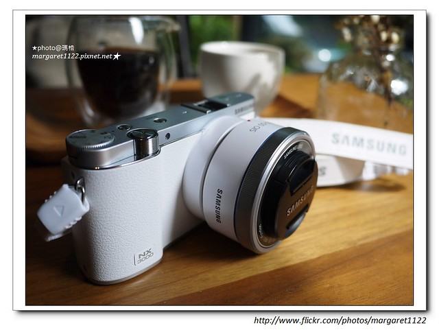 Samsung SMART CAMERA NX3000
