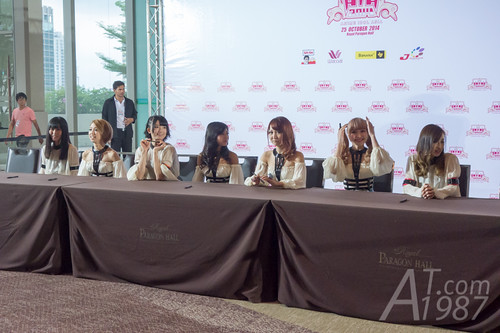 ANIME IDOL ASIA 2014 - Kamen Rider Girls signing session