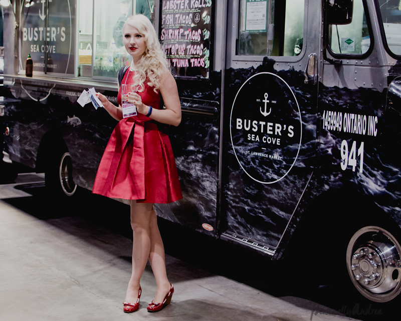 Delicious Food Show 2014 | Abbey Sharp at Buster's Sea Cove food truck | personallyandrea.com