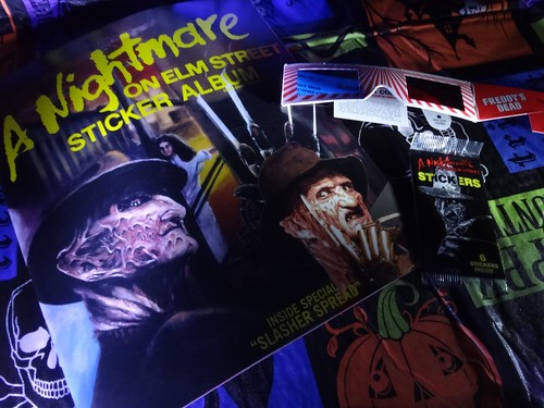 Dino Drac Funpack Oct. 2014 Nightmare Sticker Book