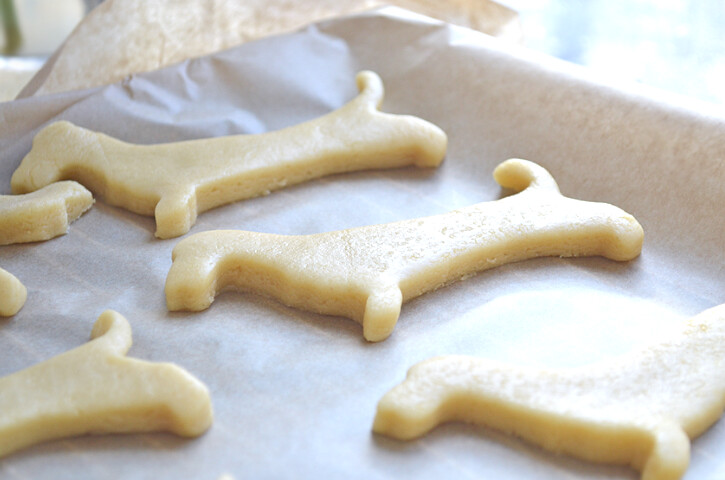 sausage dog sugar cookies 2