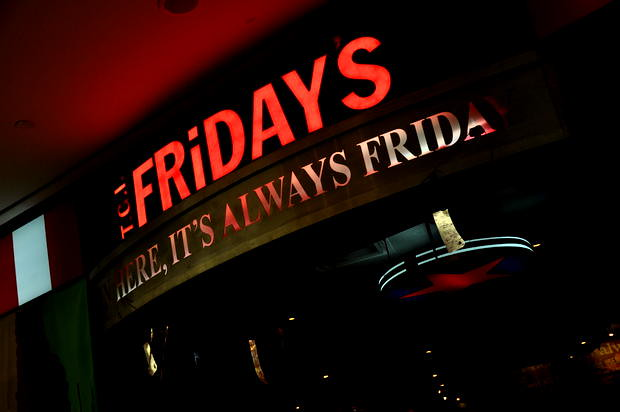 TGI Friday's Celebrates 20th Anniversary