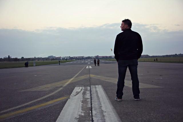 at Tempelhofin lentokenttä