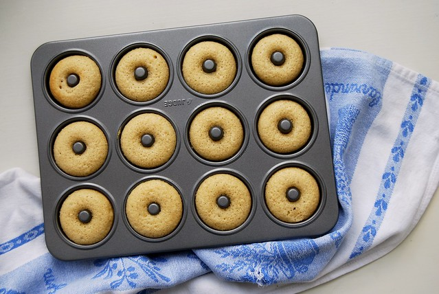 Mini Baked Doughnut Tin