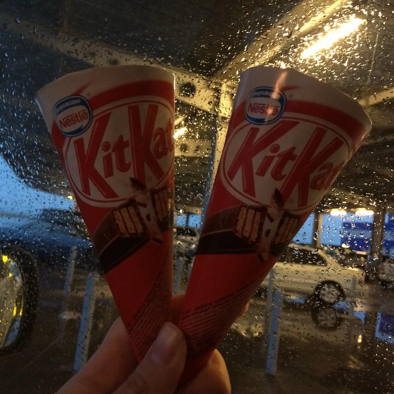KitKat icecream