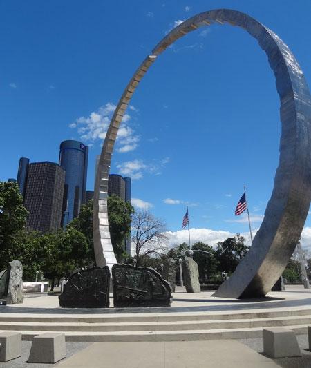 transcending-sculpture