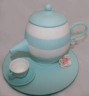Tiffany coloured Teapot Cake