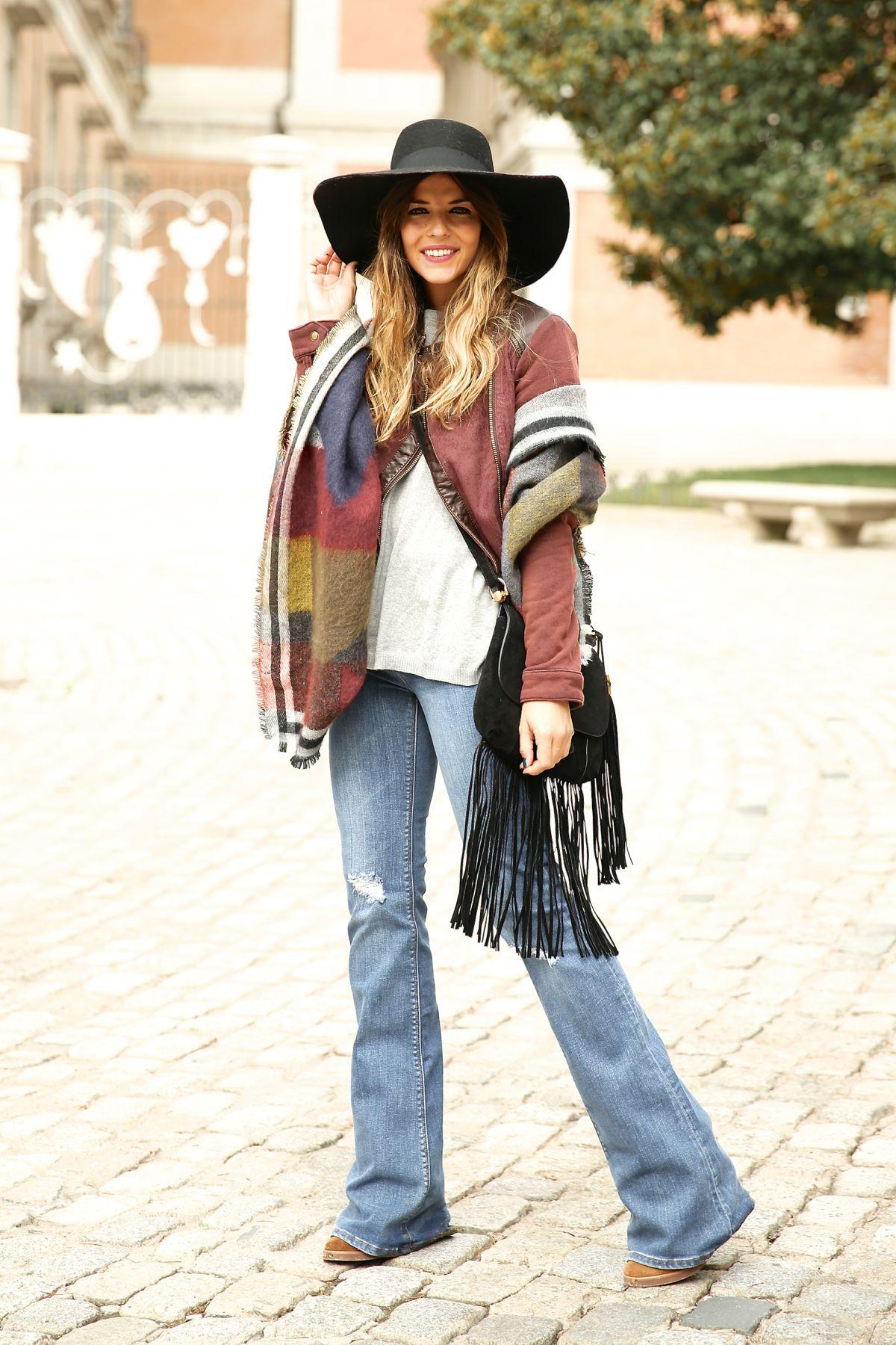 trendy_taste-look-outfit-street_style-ootd-blog-blogger-fashion_spain-moda_españa-AD-adolfo_dominguez-amaia_salamanca-boho-hippie-sombrero-hat-biker-flecos-fringes-11
