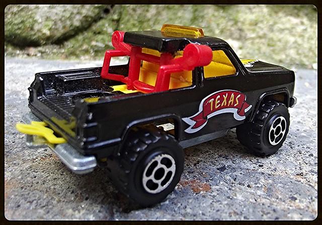 N°291 Chevrolet Blazer 4x4. 14953712563_2706e0cc77_z