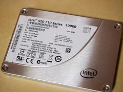 Intel SSD 710 Series 04