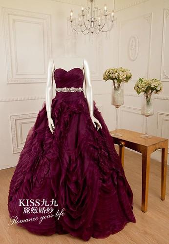 高雄KISS九九麗緻婚紗-推薦婚紗禮服-巴黎拜金女