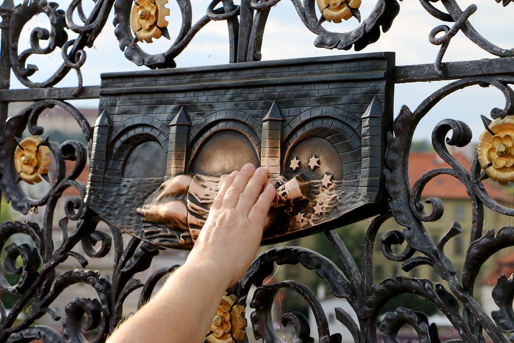 Discover-Prague-Tour-1