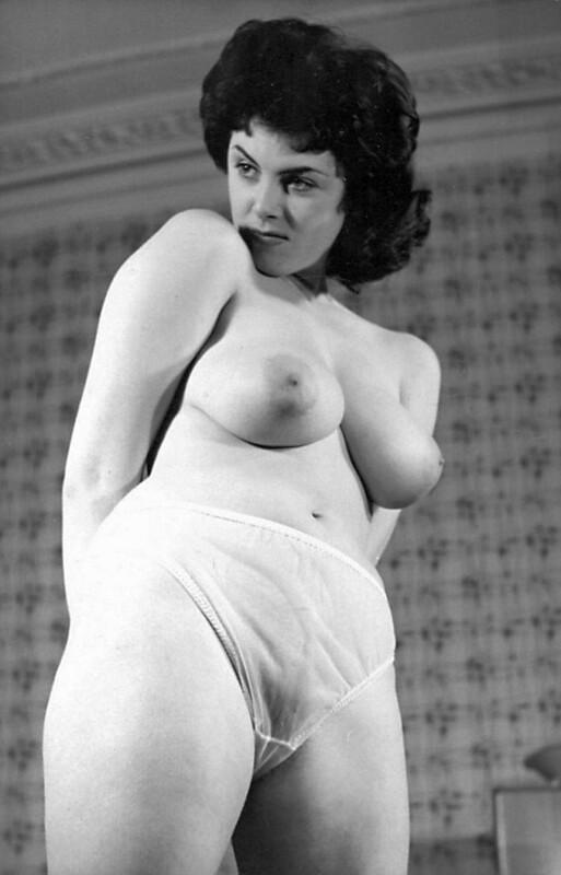rosiena-naked-pussy